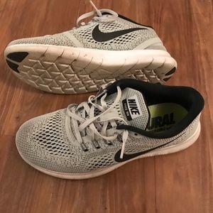 Nike Women's Free Rn